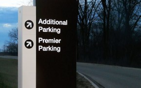 Airport Exterior Signage - Directional Sign